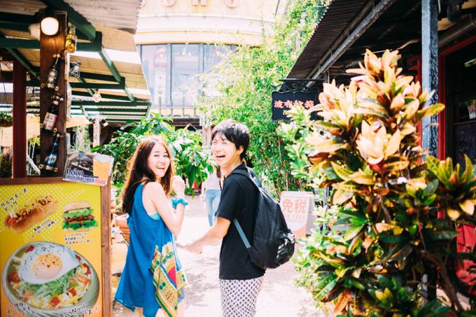 神戸で結婚式カメラマンをさせていただいた2人と沖縄で再会