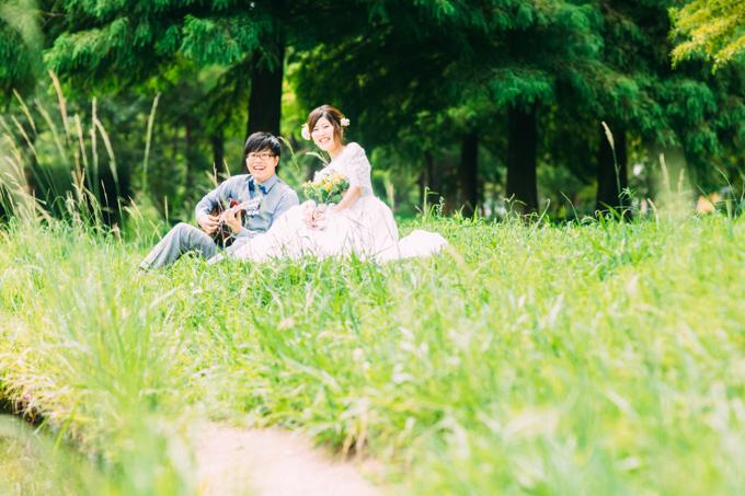 大阪の鶴見緑地公園で結婚式の前撮り