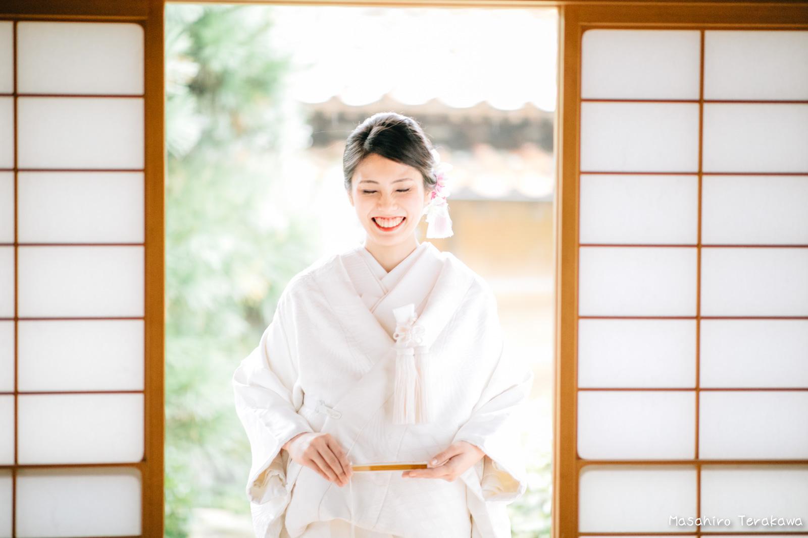 ご自宅(ご実家)で結婚式の和装前撮り(白無垢・綿帽子)5