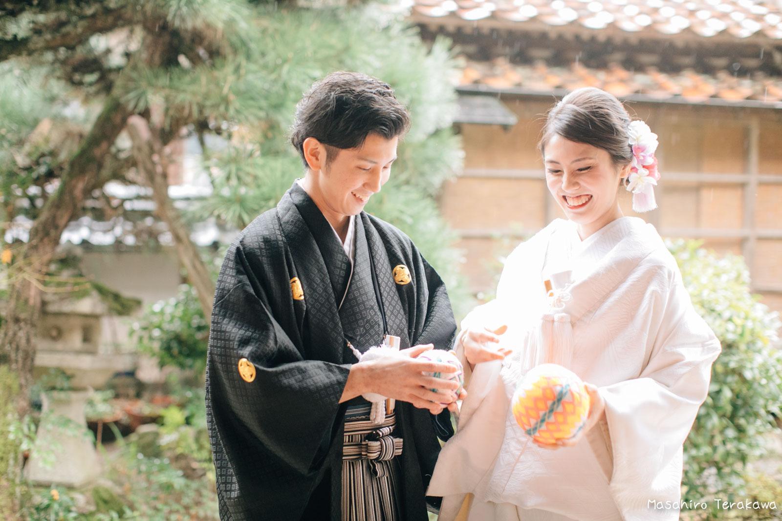 ご自宅(ご実家)で結婚式の和装前撮り(白無垢・綿帽子)7