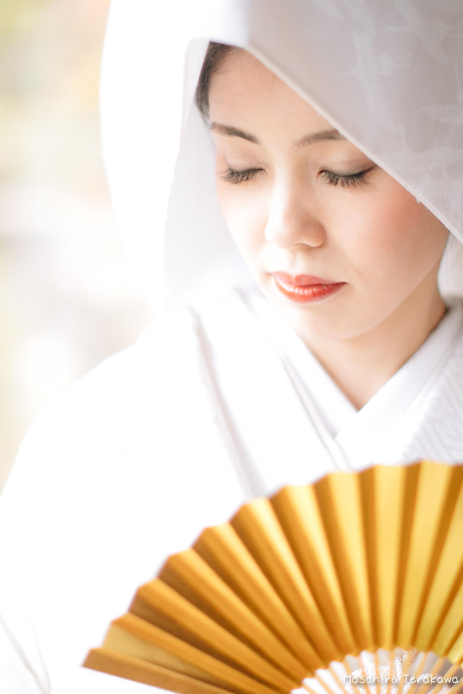 ご自宅(ご実家)で結婚式の和装前撮り(白無垢・綿帽子)9
