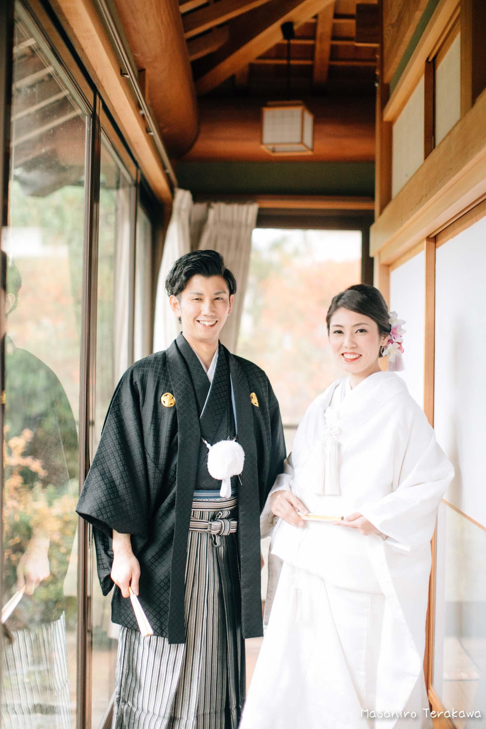 ご自宅(ご実家)で結婚式の和装前撮り(白無垢・綿帽子)11