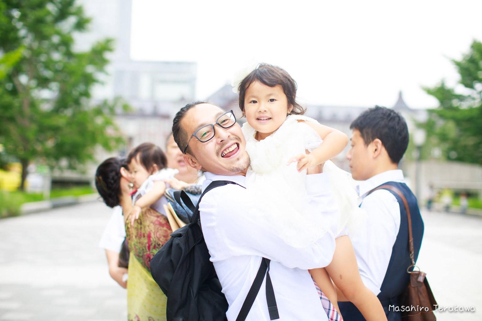 東京駅で丸ノ内中央口で結婚写真の撮影3