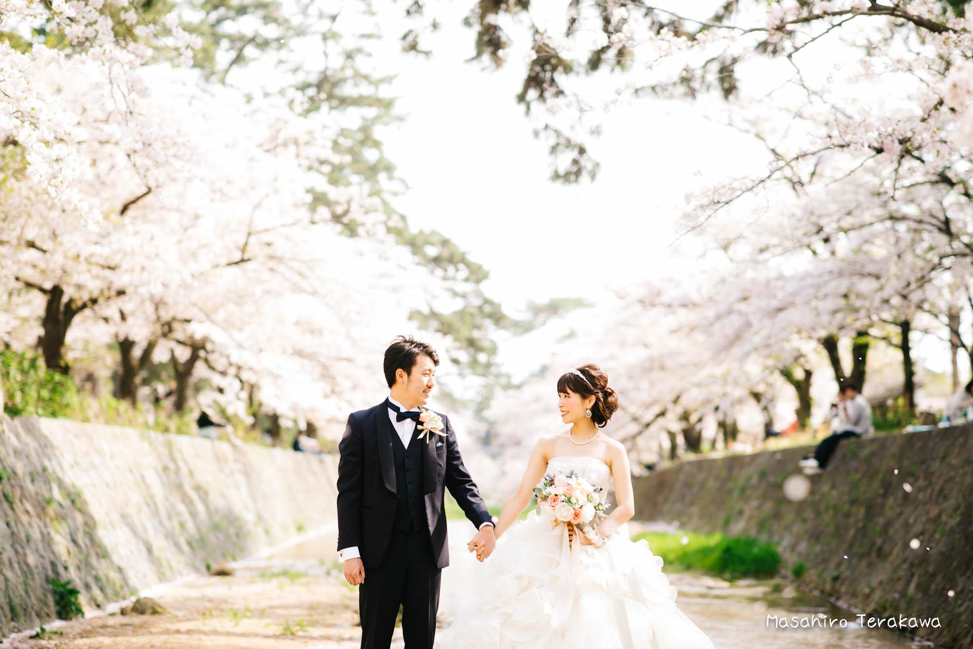 トリートドレッシングのウェディングドレスで結婚式前撮り3