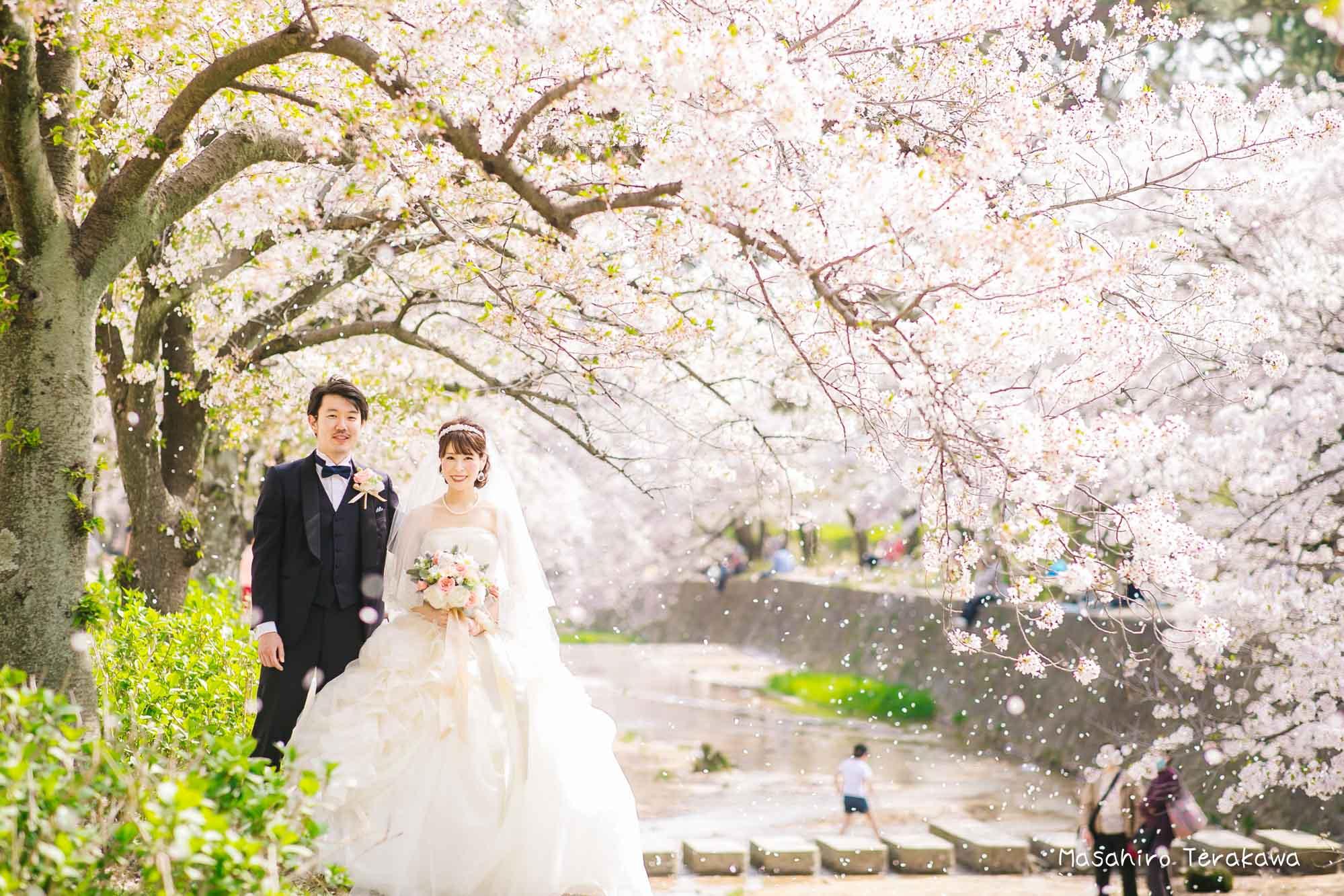 トリートドレッシングのウェディングドレスで結婚式前撮り2