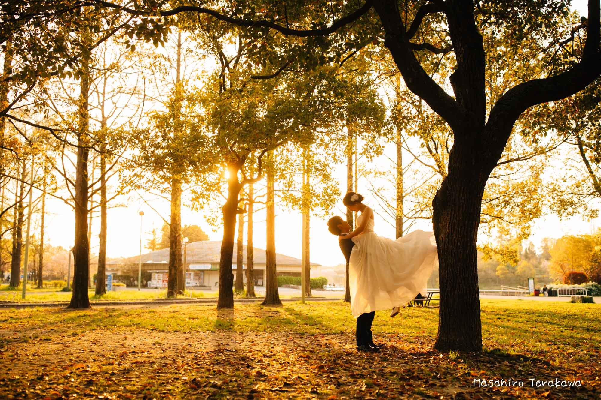 【大阪】鶴見緑地公園で結婚式の和装・洋装前撮り13