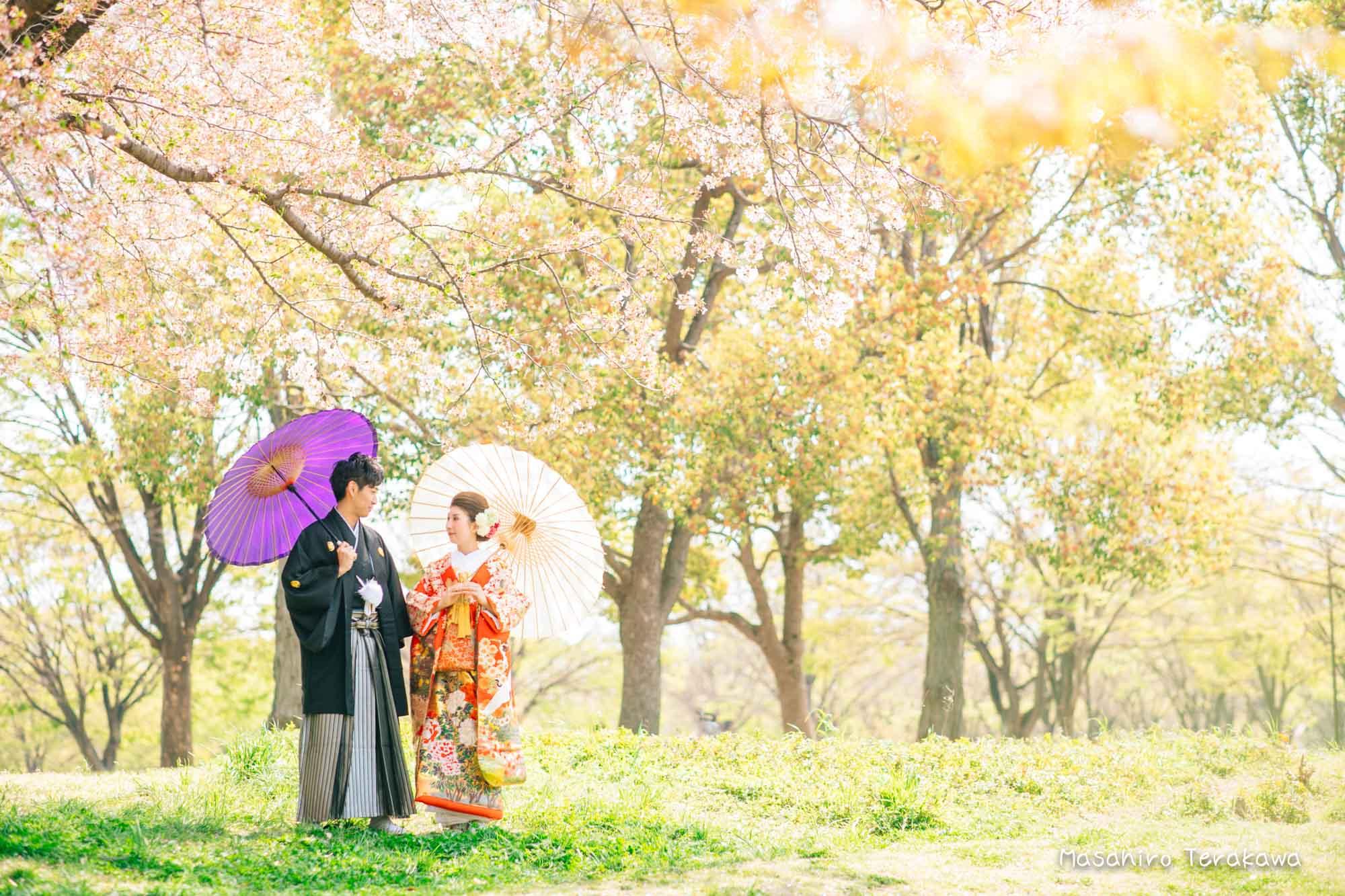 【大阪】鶴見緑地公園で結婚式の和装・洋装前撮り3