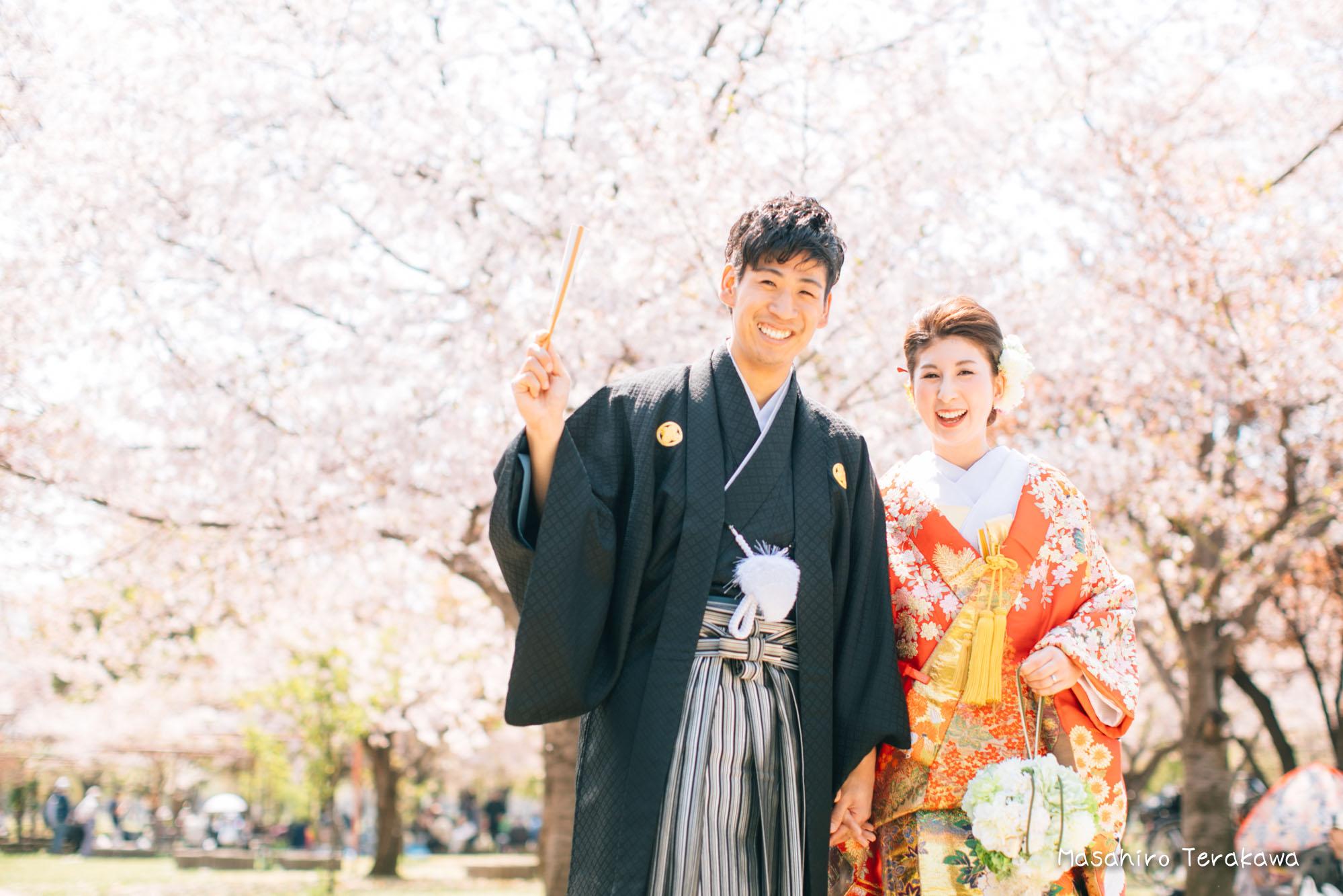 【大阪】鶴見緑地公園で結婚式の和装・洋装前撮り1