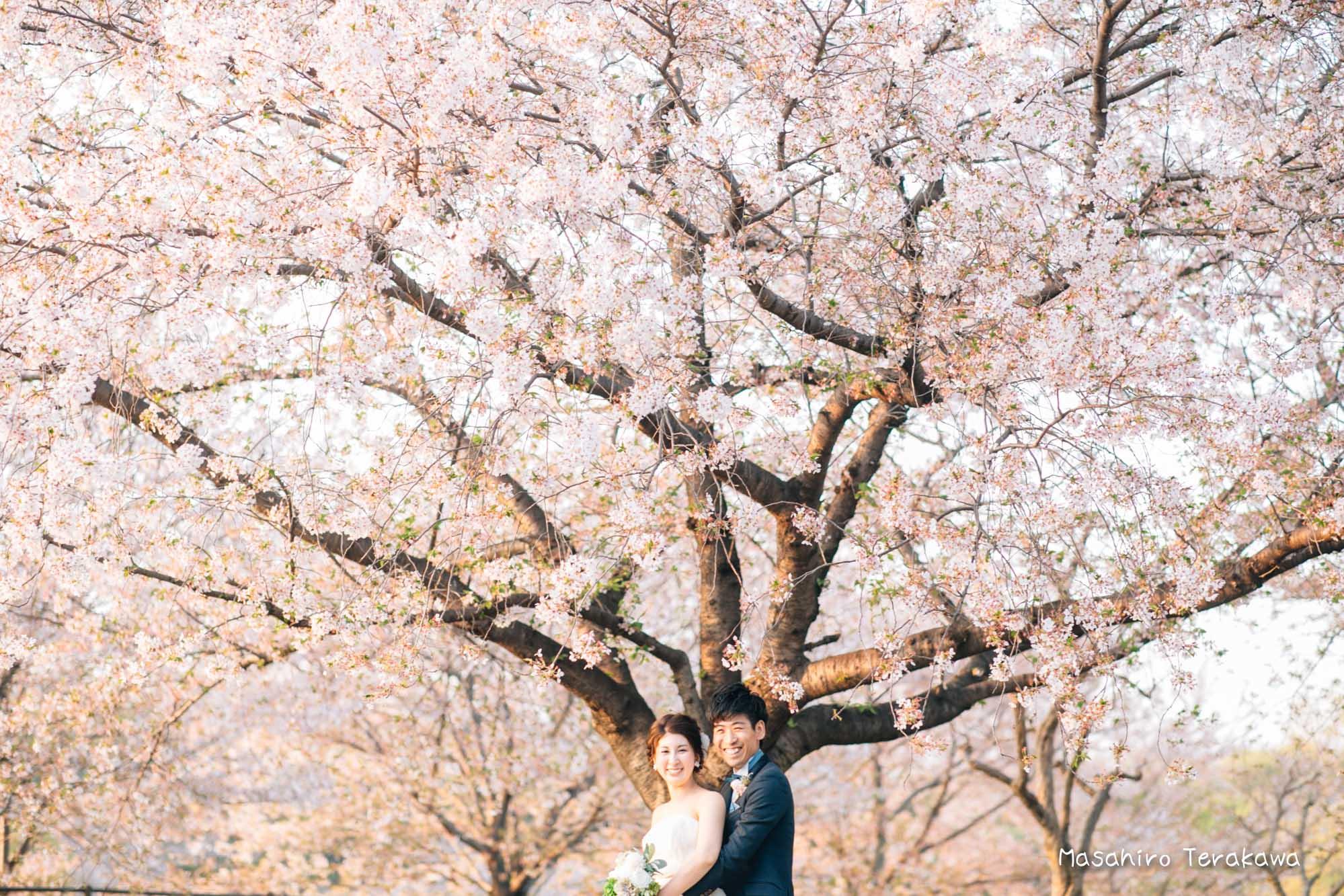 【大阪】鶴見緑地公園で結婚式の和装・洋装前撮り14