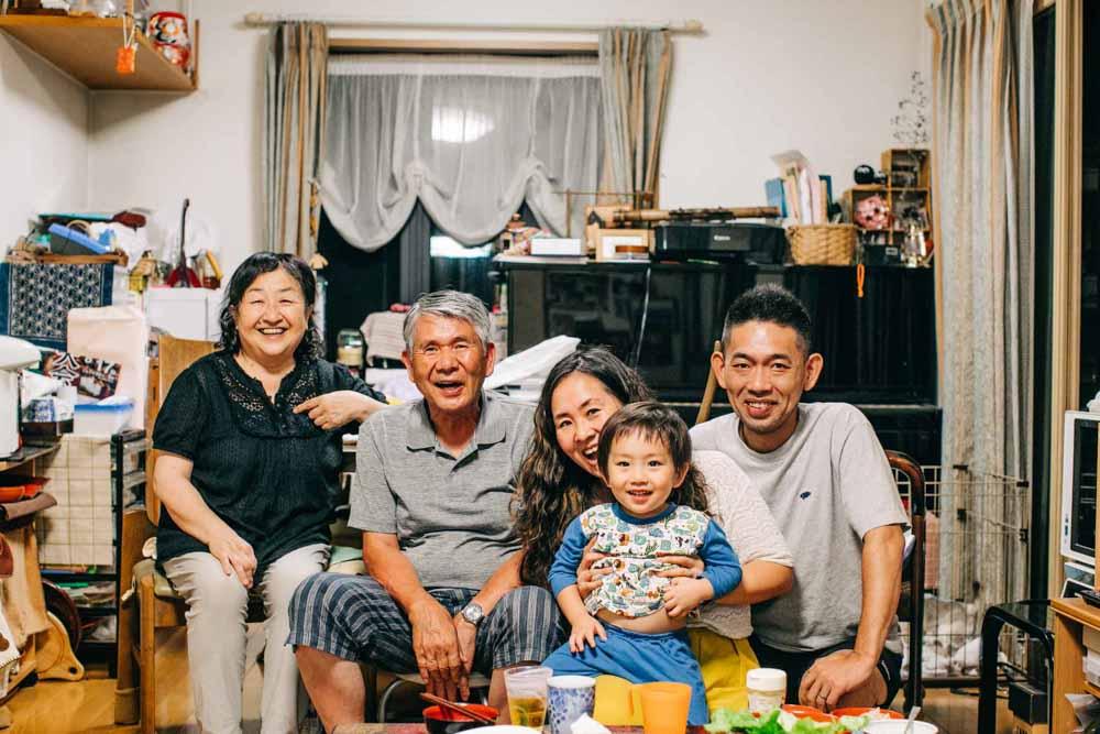 結婚式、前撮りにはじまり、その後の家族の写真まで